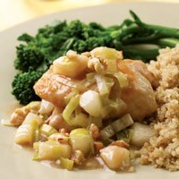 chicken-thighs-with-pear-leek-sauce-6646-l