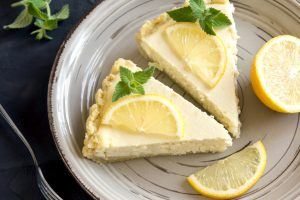 Raw Lemon Cheesecake - kun 8 ingredienser