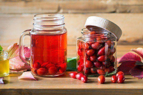Hjemmelavet Hybensaft – Uden Sukker