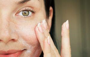 Tør hud i ansigtet - vi guider dig